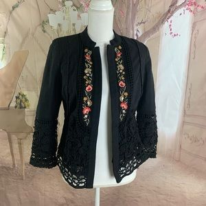 NEW Chico's Embroidered floral Eyelet Blazer